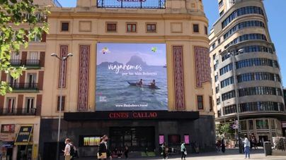 Baleares se promociona como destino turístico en pleno Madrid con un video en pantallas gigantes