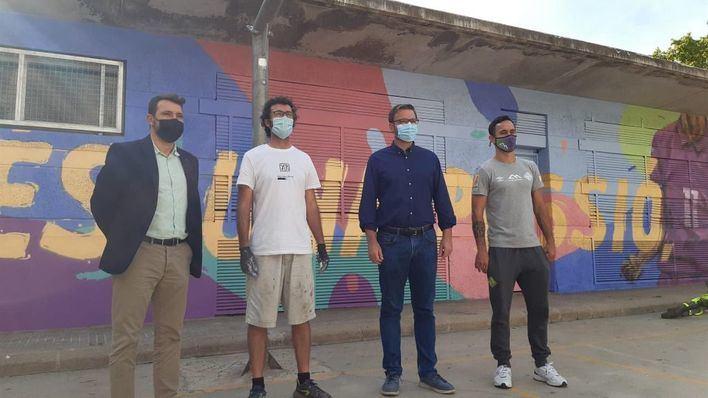 Creaciones del artista Sath promueven la práctica del deporte en la plaza Alexandre Fleming