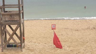 Cierran las playas de Can Pere Antoni, Ciutat Jardí y Cala Major por el vertido de aguas fecales