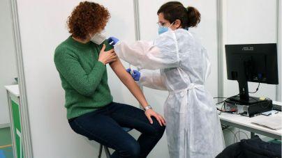 Los baleares de entre 45 y 49 años ya pueden pedir cita para vacunarse