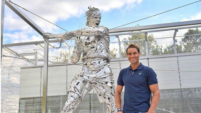 Roland Garros rinde homenaje a Rafa Nadal inaugurando una estatua en su honor
