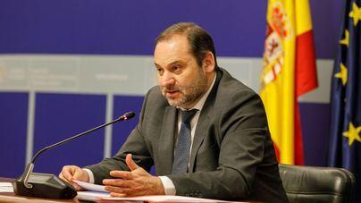 Ábalos asegura que el Gobierno asume el coste de los indultos y pide a Aragonès liderazgo