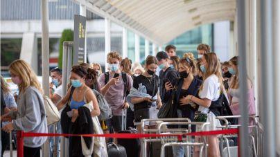 Baleares sigue en 'ambar' para Reino Unido como destino turístico no seguro