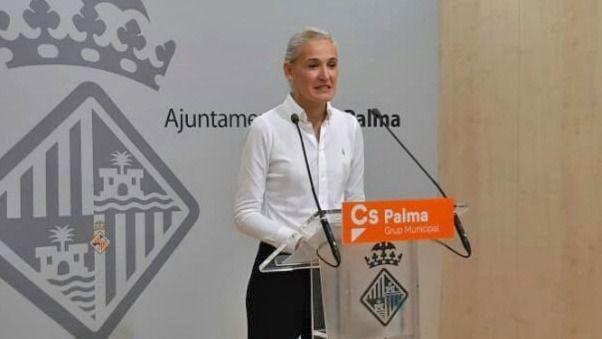 Ciudadanos denuncia la falta de policías para evitar botellones en Playa de Palma