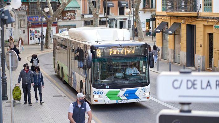 Los autobuses de Palma multiplican por siete sus viajeros en abril