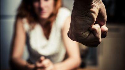 El Gobierno prevé que continúe el repunte de violencia machista este verano