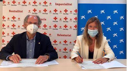 El programa 'Conéctate' de Creu Roja recibe el apoyo de la Fundación La Caixa y CaixaBank