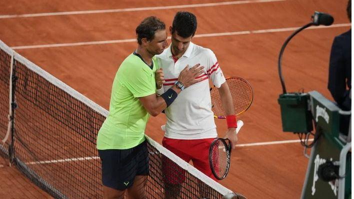 Nadal se despide de Roland Garros tras caer ante Djokovic en un partido para la historia