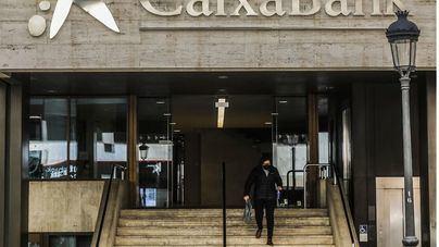 CaixaBank pide