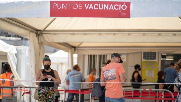 La vacunación de alumnos de ESO y Bachillerato podría comenzar dos semanas ante del inicio del curso