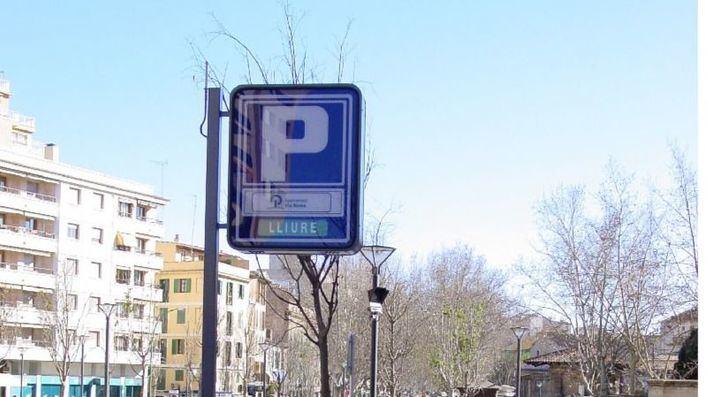 Cort acepta rebajar las tarifas de los aparcamientos para favorecer a los comercios del centro