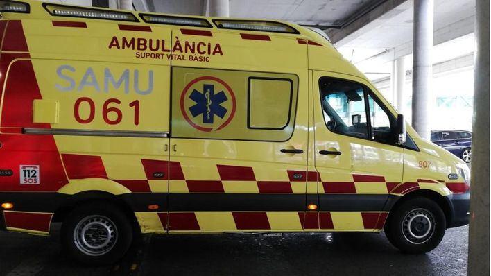 Herido grave un joven al precipitarse por el hueco del ascensor