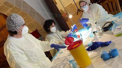 Murcia detecta 18 casos de coronavirus de estudiantes que viajaron a Mallorca