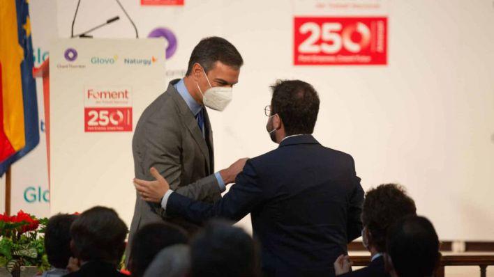 Sánchez y Aragonés: el primero quiere hablar de inversiones, el segundo de autodeterminación