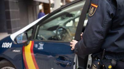 Detenidos tres individuos por robo con violencia en Playa de Palma