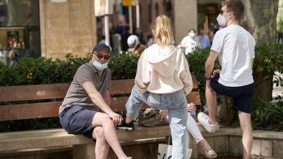 España recula y pedirá PCR negativa a los turistas ingleses que viajen a Baleares