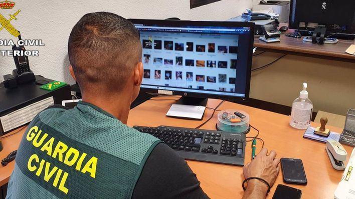 Detenido en Torrevieja un adulto que contactó con menores de Santanyí para fines sexuales