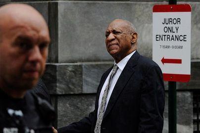 El cómico Bill Cosby, absuelto del delito de agresión sexual