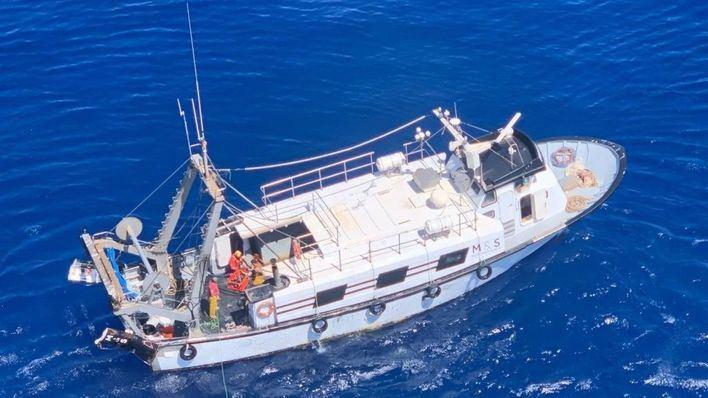 Rescatan un buque con cuatro tripulantes cerca del Faro de Capdepera