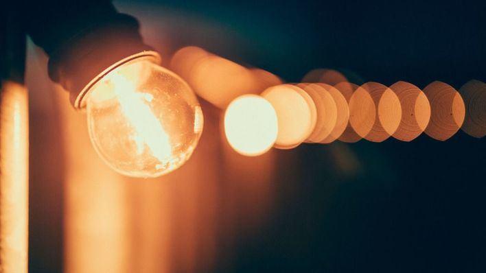 La tarifa eléctrica batirá este viernes su récord anual situándose a casi cien euros megavatio/hora