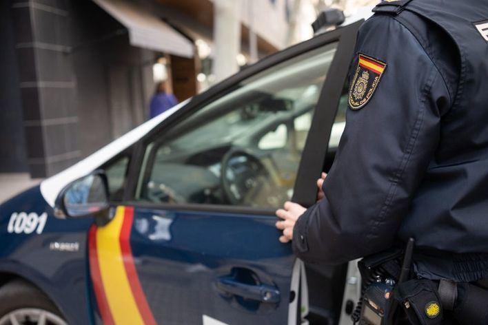 Detenidos en el ferry Barcelona-Menorca con drogas y material para cometer robos