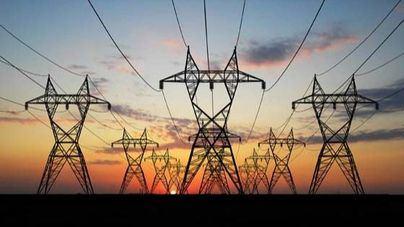 El precio de la electricidad bate hoy su récord anual en sábado