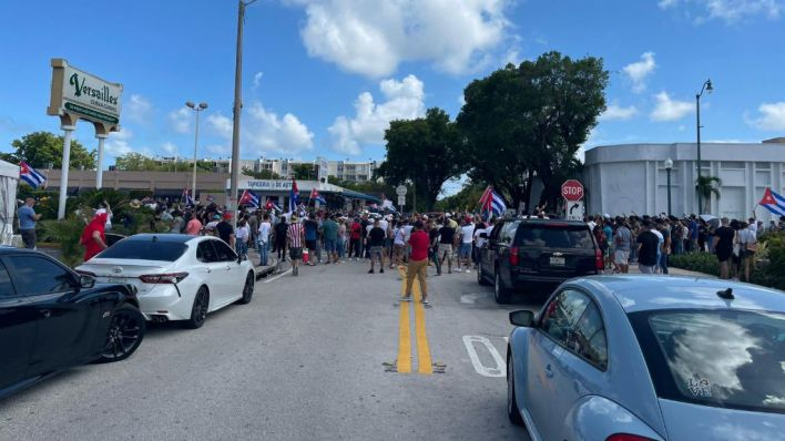 Al menos un muerto y cientos de desaparecidos en las protestas contra el Gobierno en Cuba