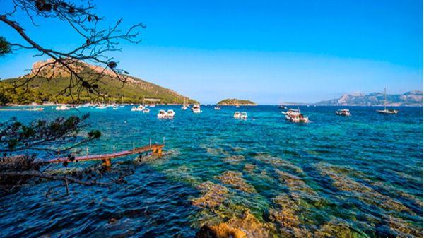 Pollença reclama a Costas que vuelva a colocar boyas en la Bahía de Formentor