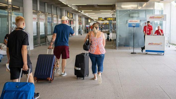 Touroperadores británicos, entre las ganas de viajar y los cambios de criterios de su gobierno