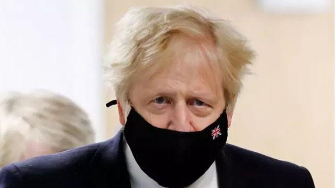 Boris Johnson, en cuarentena tras el positivo de su ministro de Salud