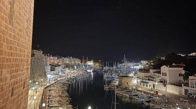 La Policía impide que un joven se tire por Es Born de Ciutadella