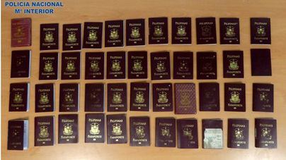 Detenidos 50 filipinos que querían entrar en Ibiza con visados falsos