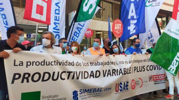 Los sanitarios protestan por el reparto 'injusto' del plus Covid