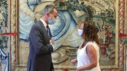Armengol destaca ante el Rey el liderazgo turístico de Baleares a pesar de la Covid