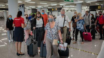 Baleares recibió en junio 656.000 turistas que gastaron 737 millones