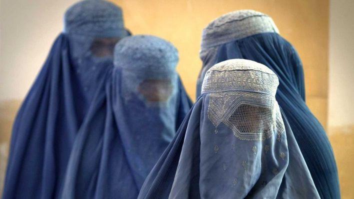 El Govern se ofrece a acoger a mujeres y niñas refugiadas de Afganistán
