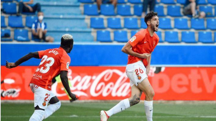 El Mallorca suma tres puntos de oro en Mendizorroza con un gol del debutante Fer Niño