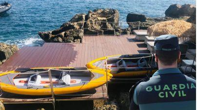Denuncian la ocupación de 45 m2 de costa de tres casas de lujo en Calvià
