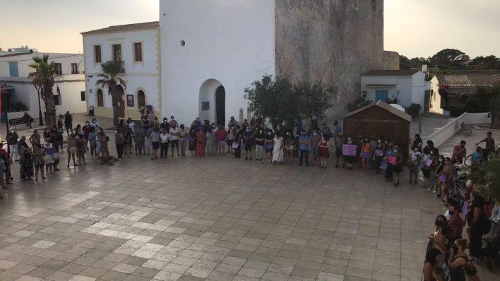 Ante el juez los dos detenidos por violar y torturar a una joven en Formentera