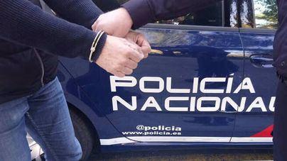 La Policía Nacional detiene a dos hombres por dañar vehículos en Palma