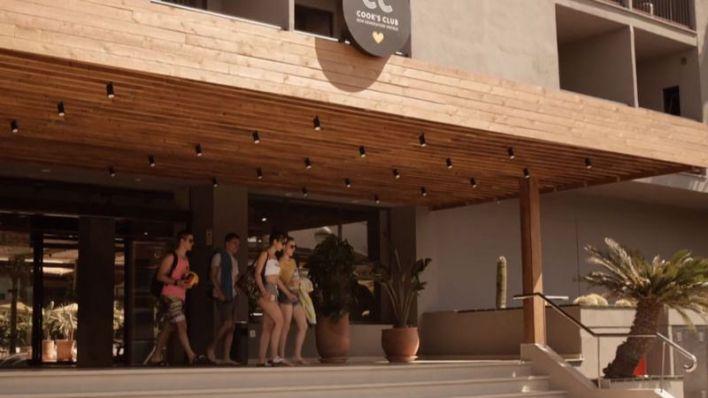 Las pernoctaciones hoteleras en Baleares se duplican de junio a julio