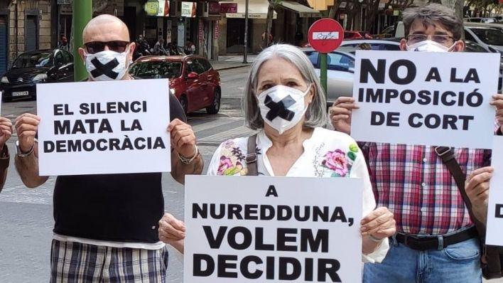 Armengol anima a la plataforma de Nuredduna a perseverar en sus 'justas' reivindicaciones