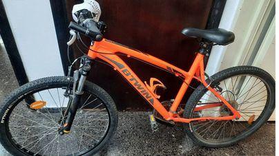 Pillado 'in fraganti' robando una bicicleta en Palma