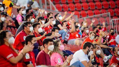Los aforos en los estadios de fútbol se amplían hasta el 60 por ciento