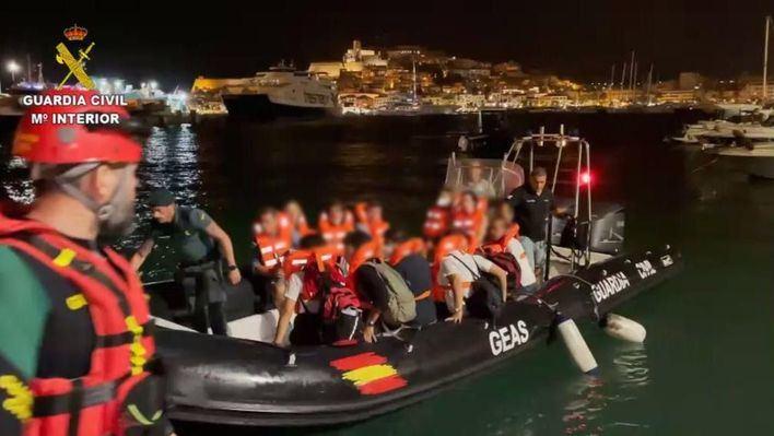 Sale de la UCI el niño herido grave en el accidente del ferry FRS en Ibiza