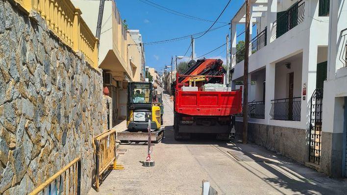 Obras que destrozan una barriada
