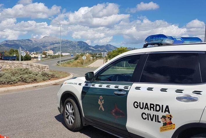 Detenido por robar una mochila con 800 euros a un turista en Playa d'en Bossa