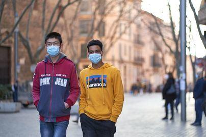 Bajan los principales indicadores del Covid y la incidencia cae a 140 casos en España