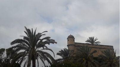 Intervalos nubosos con posibles tormentas este domingo en las Islas