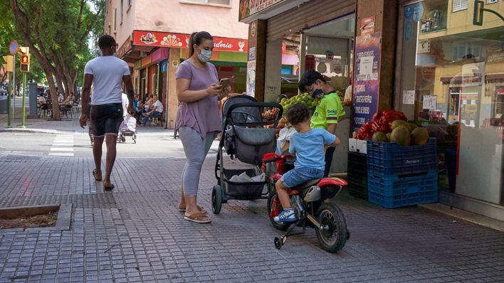 Covid Baleares: Menos positivos pero no bajan las hospitalizaciones